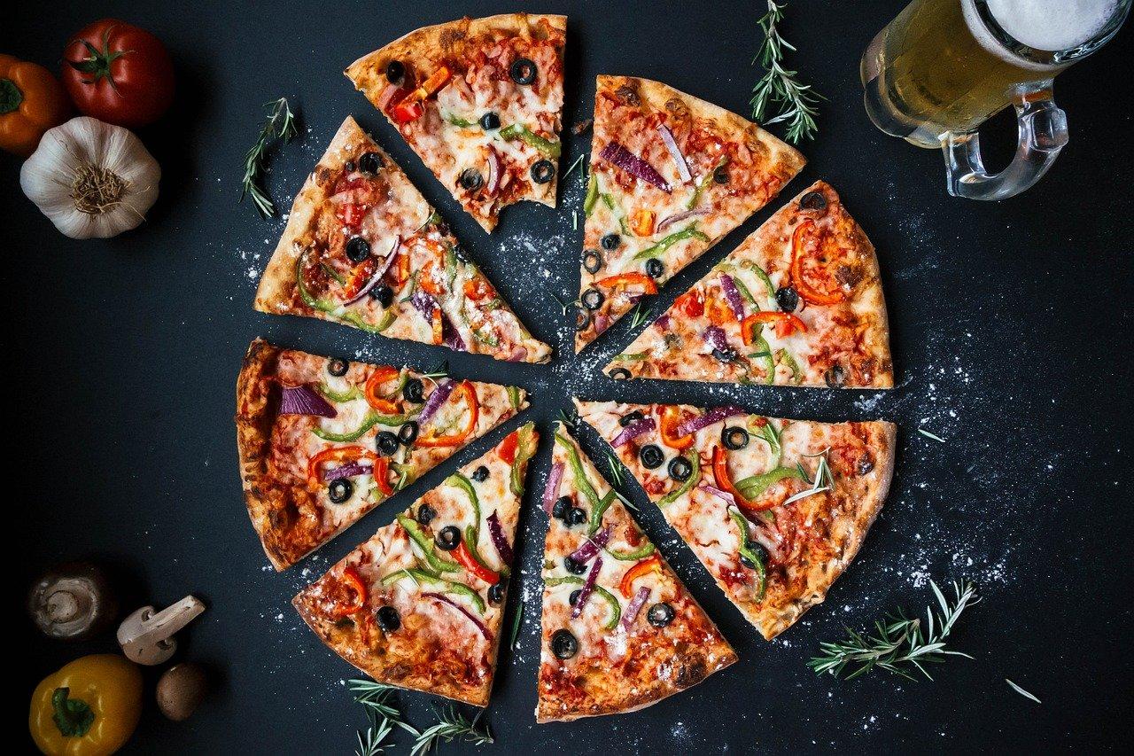 Nyd hjemmelavet pizza i din have